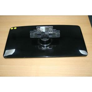TV STAND FOR TECHNIKA: M40/57G-GB-FTCU-UK